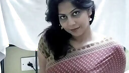 Busty Indian Makes Jussy Cum
