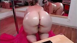 Big Ass BBW Creeping And Toying