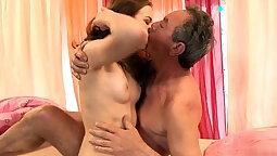 Big tit pornstar gagging on cock-killed by throbbing cockiroll