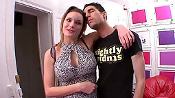 Amateur french hot lucky slut knows how to ride her fuckmate