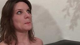 Big Booty Brunette Catches Boyfriend Banging