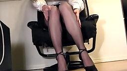 Fingering Leggings In A Hot Sluty Office