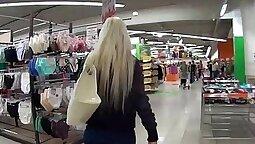 Amateur teen jizzed by blonde
