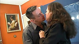 Curvy Amateur Anal Fucking With A French Guy