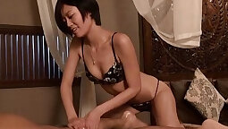 Nikki gave her lover her first arse oil massage when she tried it